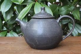 陶器のポット