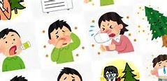 花粉のアレルギーで苦しんでる子供と女性